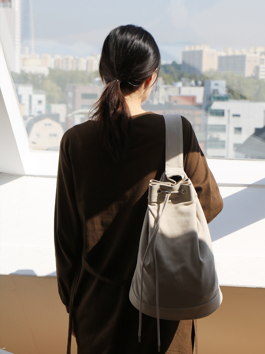 monochrome shoulder bag _ beige
