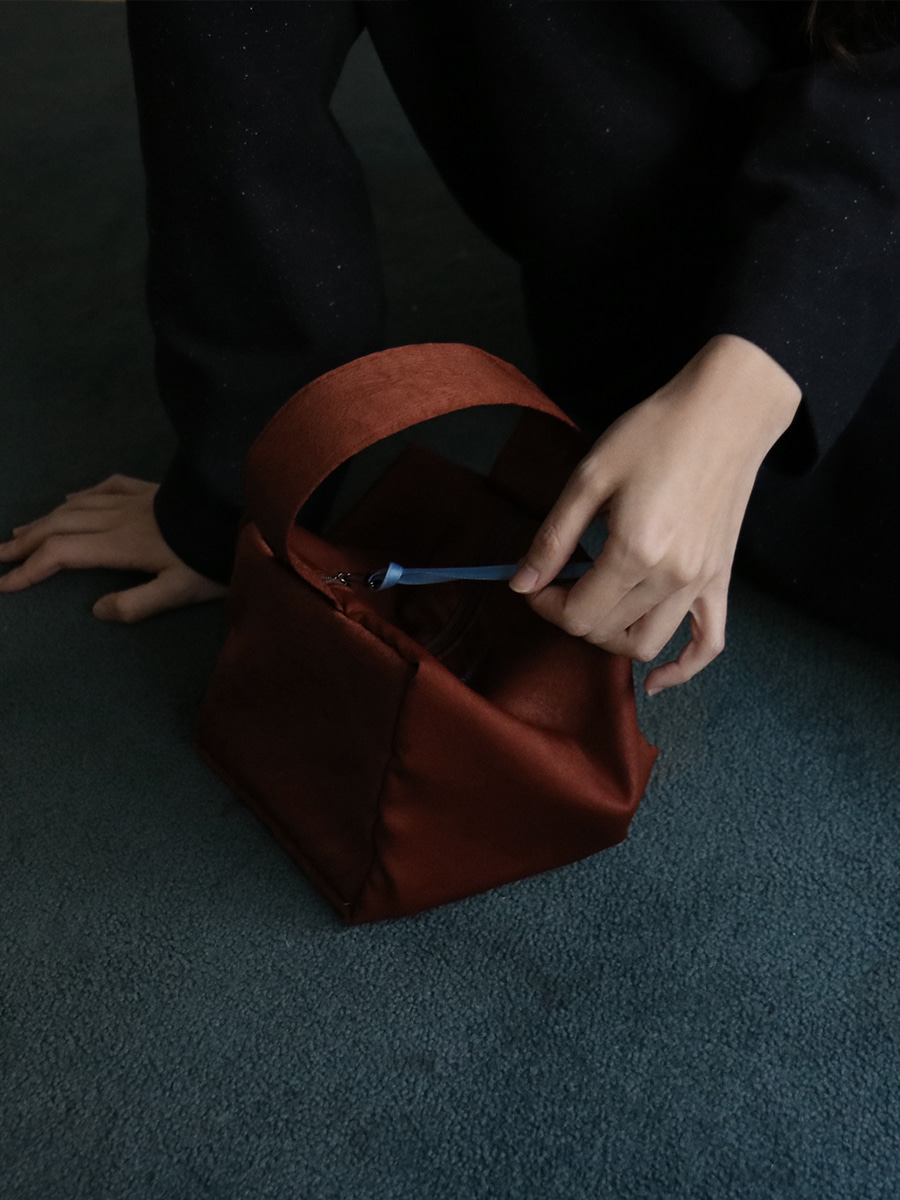 moment pouch bag _burgundy