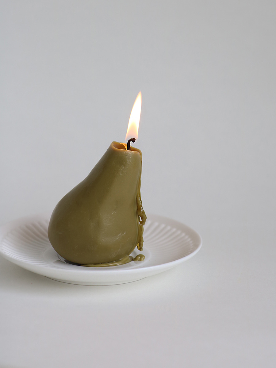 SHAPE CANDLE _ PEAR _ golden brown